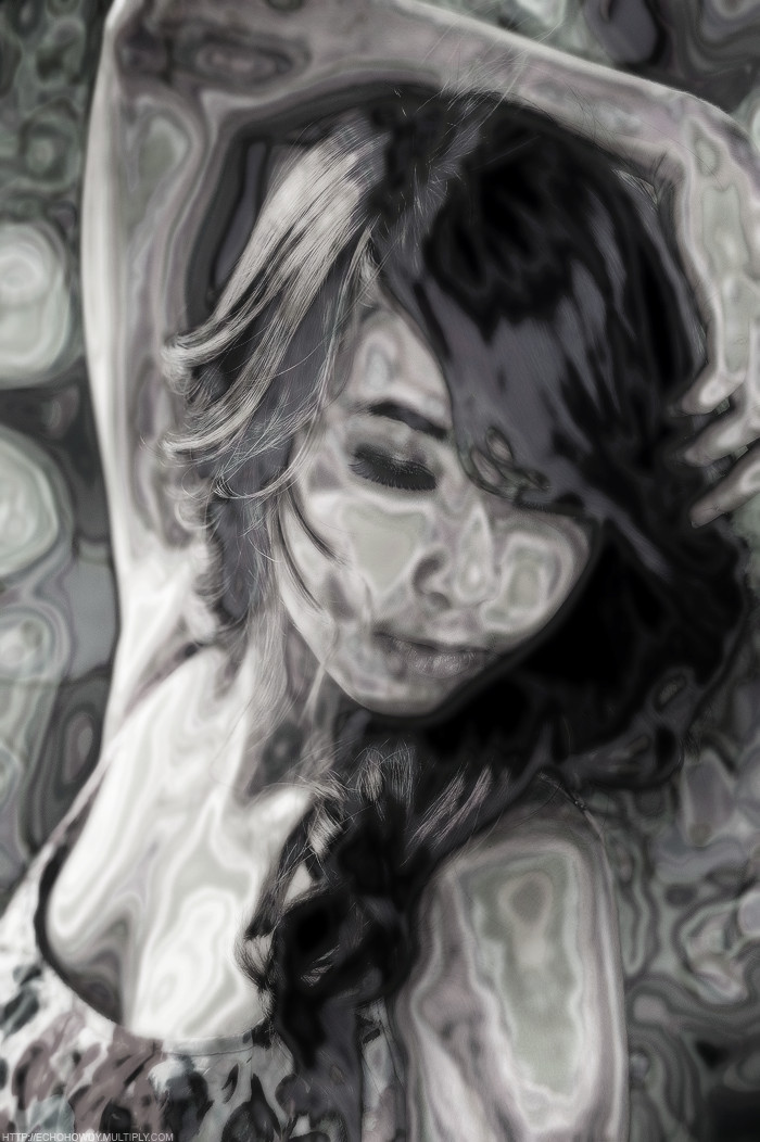ayumi08_by_echohowdy-d32loxn metallized simple (grayscale).jpg